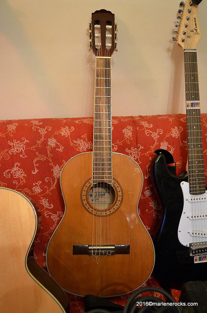 Larida classic guitar